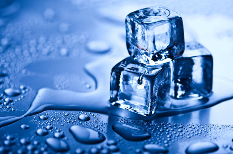 How To Take Care Of Skin And Hair During Holi- Ice cubes